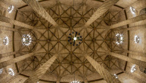 """Conferenza di Joan Maria Jaime Moya:  """"Una passeggiata romanico-gotica per la penisola iberica"""""""